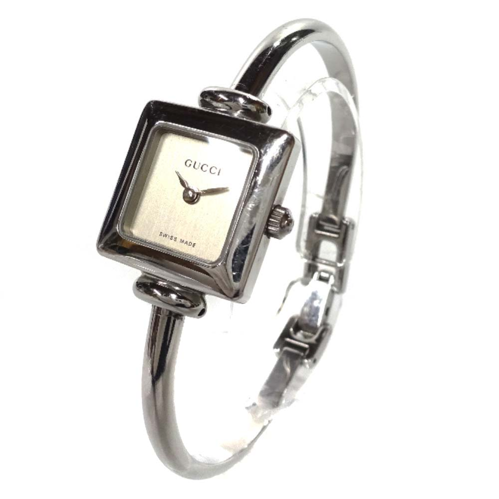 【中古】GUCCI グッチ スクエアフェイスバングル 腕時計 レディース クオーツ ホワイト文字盤 シルバー 1900L