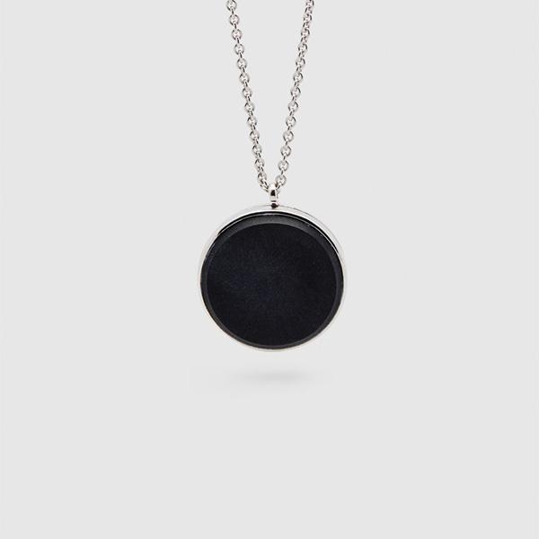 TOMWOOD トムウッド メダリオン ブラックオニキス シルバーネックレス Medallion Black Onyx