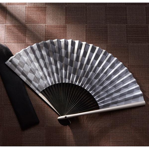 煌めき 至高の扇子 日本の伝統と現代的な感性がマッチした、重厚感の広がる扇子 72個セット販売