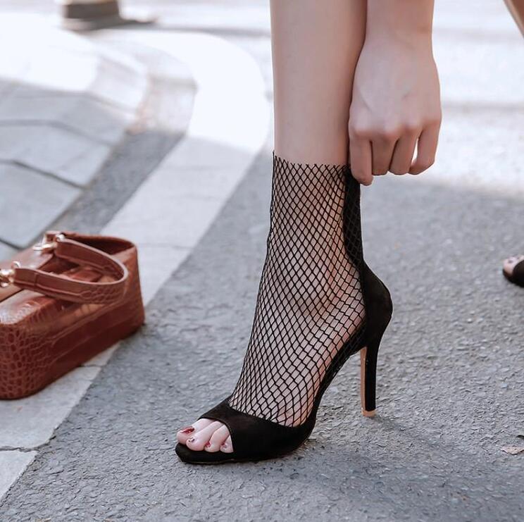 長脚効果 大きいサイズブーツサンダル レディース サマーブーツ ブーツサンダル ハイヒールサンダル 細ヒール 夏 レディース靴 後ろファスナー付き 10センチヒール セール特価 クリアランスsale!期間限定! 小さいサイズ 透かし 27.5センチまで 21センチ シースルー