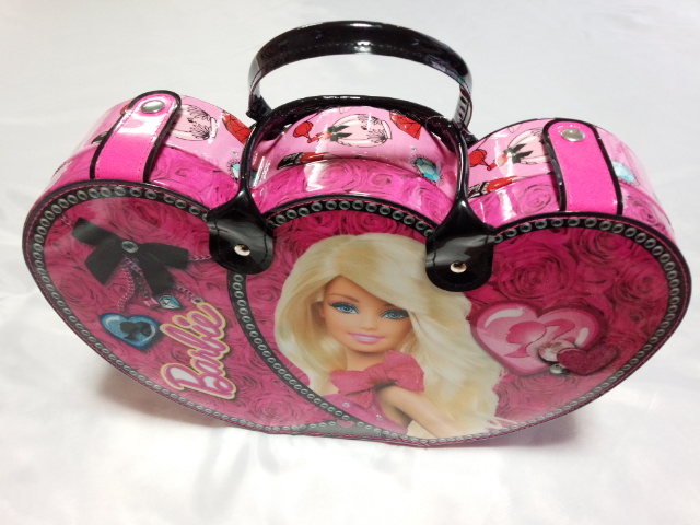 marketing barbie case This case barbie vs bratz focus on barbie doll, the creation of the world's largest toy manufacturer mattel, was facing stiff competition from bratz dolls, the.