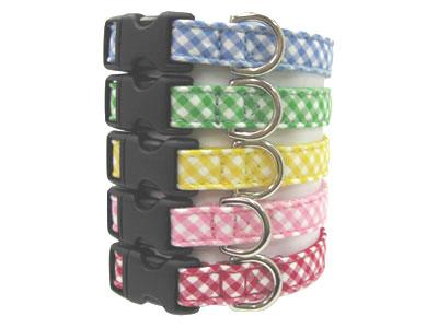 小型犬用首輪定番チェック柄は 5色を取り揃えています レッド イエロー ピンク ブルー グリーンから選べます 首輪処 チェックおしゃれかわいい 気質アップ SSサイズ 正規品 犬用 定番のチェック柄を斜めにカットして使用 犬 首輪 定番のチェック柄のでお散歩中も目をひく 首輪チロリアンシリーズチェック