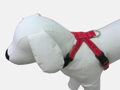 小~中型犬用ハンプ生地で作った商品です レッド イエロー ピンク グリーン ネイビー ブルー 2020秋冬新作 ブラックから選べます 首輪処 情熱セール おしゃれかわいい 丈夫な生地の定番のハンプの生地がお散歩中も目をひく 犬 犬用 ハンプ チロリアンシリーズ 帆布生地を使用 ハーネス SSサイズ
