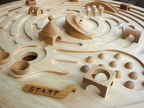 ● 旋转迷路玩具玻璃珠迷路树的玩具日本制造的■SWIVELING LABYRINTH Wooden Toys (Ginga Kobo Toys) Japan