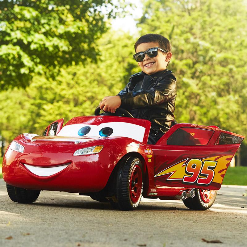 【送料無料】子供用 Disney ディズニー Cars カーズマックィーン 電動自動車