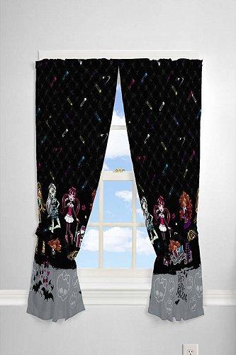 お祝いやプレゼントにも 入手困難 Monster High モンスターハイ Pins and 正規激安 Needles 女の子用 63 Curtain Panel Bedroom