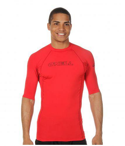 Red ラッシュガード O'Neill 送料無料 男性用 Crew S/S スポーツ・アウトドア用品 オニール スイムシャツ 水着 - メンズ Skins Basic