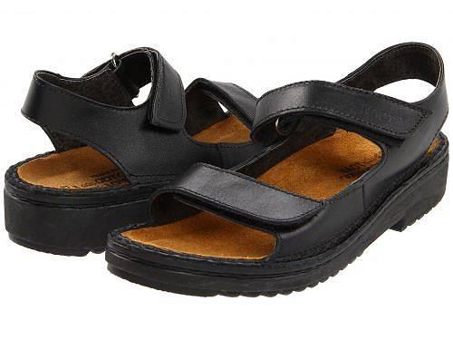 送料無料 ナオト Naot レディース 女性用 シューズ 靴 ヒール Karenna - Black Matte Leather