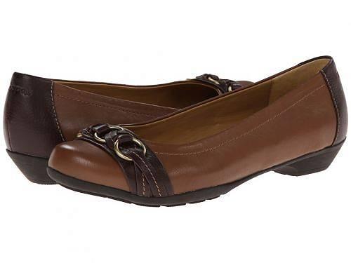 送料無料 コンフォーティヴァ Comfortiva レディース 女性用 シューズ 靴 フラット Posie - Soft Spots - Tobacco Silk Sheep Ionic