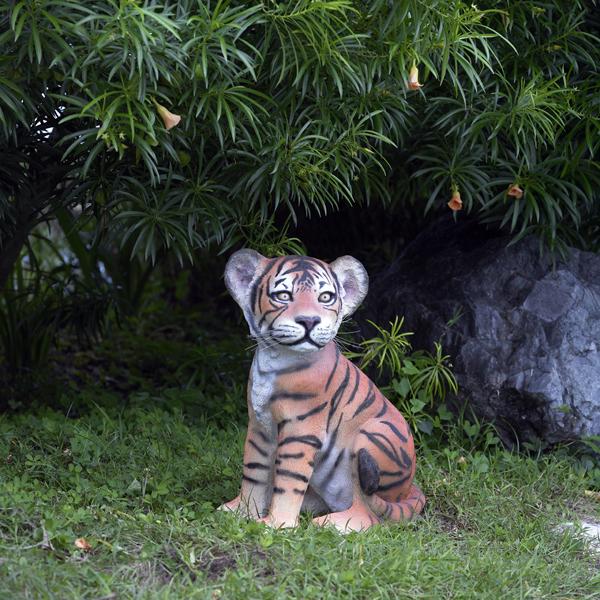 【送料無料】【メーカー直送・同梱不可・代引不可・返品不可】子タイガーのいたずら / Tiger Cub - Sitting