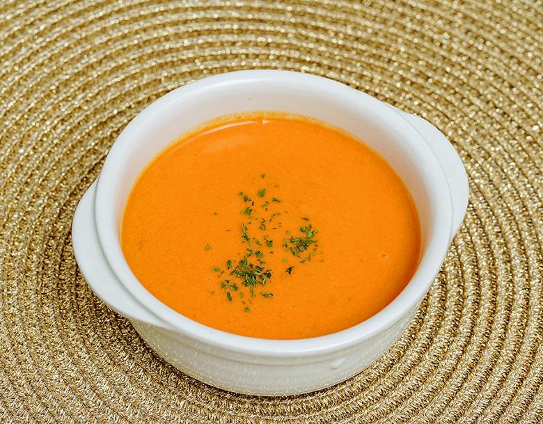 解凍するだけで冷製スープに 期間限定特別価格 スープ カナダ産オマール海老使用 舗 オマールビスク 送料無料 オマール海老 冷凍 1kg×2袋