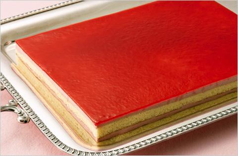 冷凍 フランボワーズフリーカット たて約24cm×よこ約32cm×高さ約3.3cm 1ケース(6ヶ入り)ケース販売 スイーツ/ケーキ