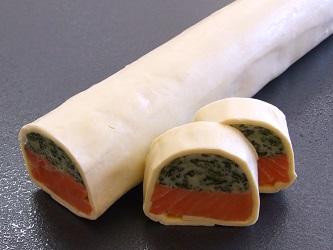冷凍サーモンとホウレン草のクリビャックパイ 580gX20本/ケース販売/テリーヌ/惣菜/加工食品
