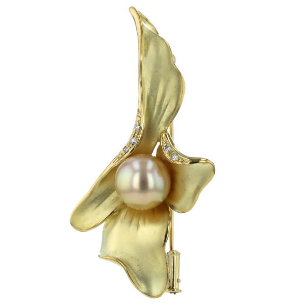 K18YG イエローゴールド ネックレストップ ブローチ 南洋真珠 パール 10.4mm ダイヤモンド 0.05ct リーフデザイン【新品仕上済】【af】【中古】【送料無料】