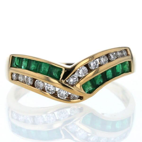 K18YG イエローゴールド リング エメラルド 0.4ct ダイヤモンド 0.28ct V字 デザイン 指輪 18号【新品仕上済】【pa】【中古】【送料無料】