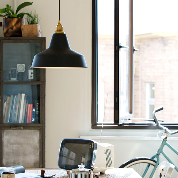 照明 ライト 1灯 ペンダントライト LED 対応 おしゃれ 照明器具 ハンギングライト 照明器具 インテリア 北欧 カフェ 寝室 モダン カウンター キッチン ダイニング用 真鍮 電気