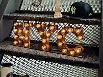 ARTWORKSTUDIO ニューヨークシティーサイン NYC signV フロアーランプ フロアー ライト 床置照明 壁掛け照明【送料無料】