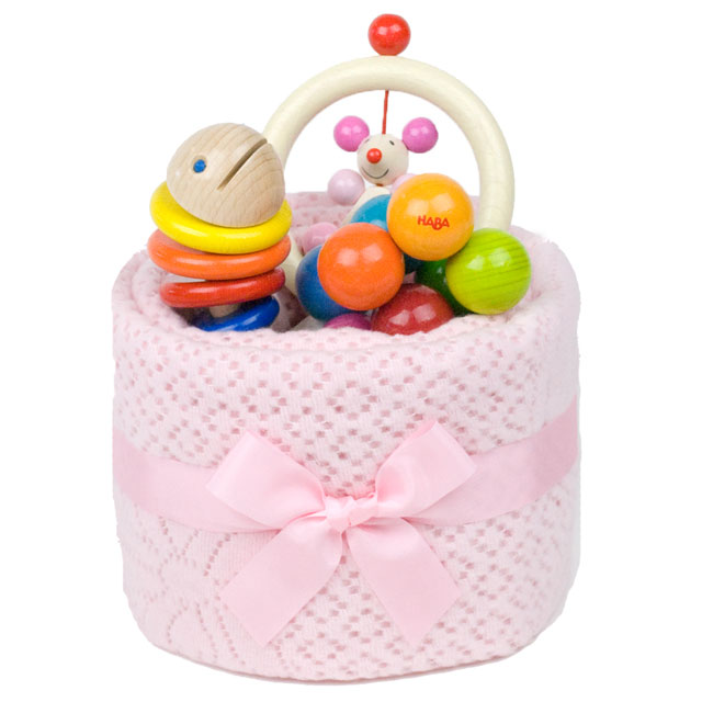 【出産祝い ファーストケーキ はじめての木のおもちゃが3つのったケーキ】おくるみケーキ おむつケーキ お祝いファーストトイ はじめての木のおもちゃ ラトル 木製玩具 0歳プレゼント ギフト ベビーギフト■送料無料■あす楽