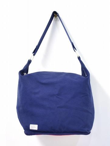 【中古】 WTAPS (ダブルタップス) BLACKHOLE BAG ショルダーバッグ NAVY×RED カバン 鞄