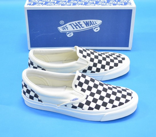 63b7c5c2b5ff VANS VAULT (station wagons Wort) OG Classic Slip On LX original classical  music slip-ons BLACK WHITE CHECKERBOARD US9.5 black   white   checkerboard  ...