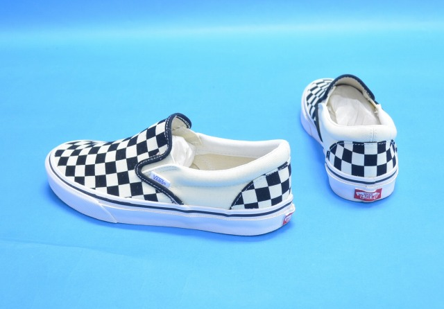 vans slip on checkerboard japan market