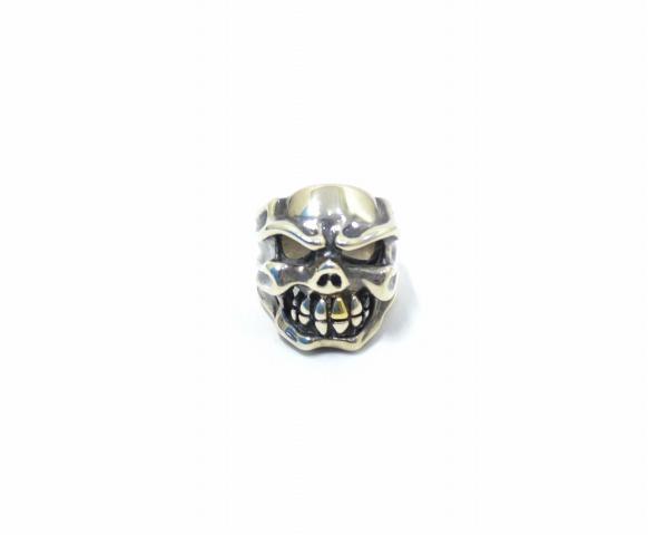 【新品同様】 TRAVIS WALKER (トラヴィスワーカー) Chomps Skull Ring w/ 18K Gold Tooth チョンプスリング 20号 SILVER 100個限定 チョンプススカルリング ゴールドトゥース 18金 【中古】