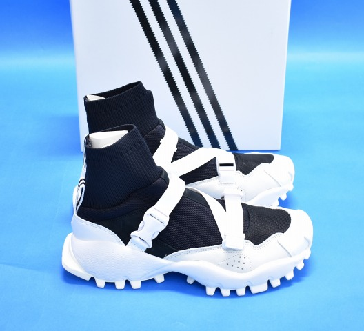 official photos 14a09 a842c adidas Originals by HYKE (Adidas originals by hike) AOH010 HI SEEULATER US9  27.0cm black and white SNEAKERS sneakers nostalgic collaboration higher ...