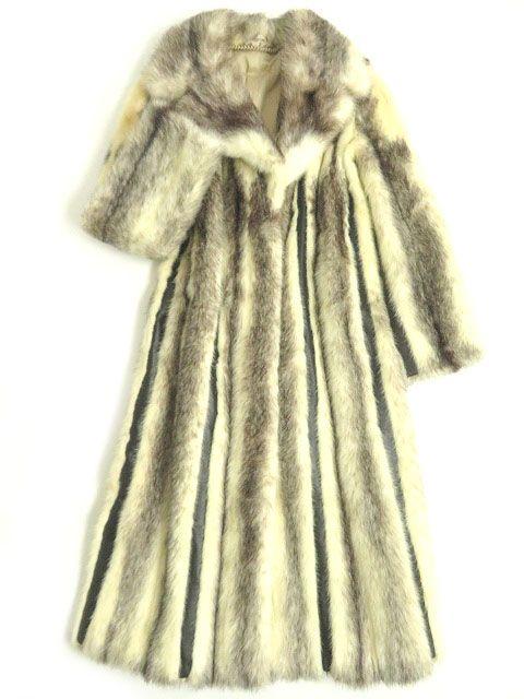 【中古】本毛皮▼MINK クロスミンク×レザー 裏地花柄刺繍入り ロングコート アイボリー×ブラウン 毛質艶やか・柔らか◎
