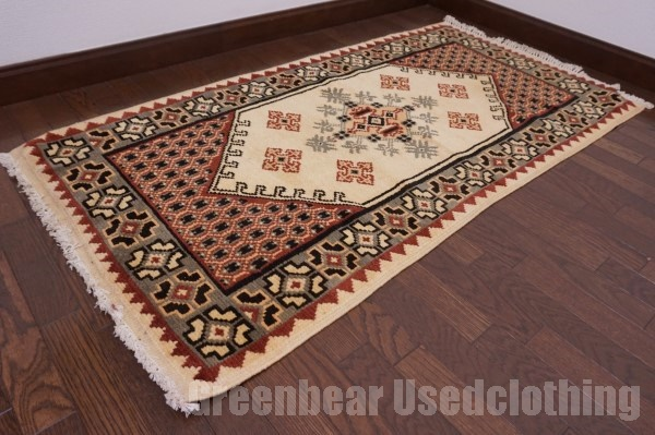 【USED】ウール絨毯 トライバルラグ モロッコ 74×149cm ベージュ×オリーブ【RAGC359】【中古】