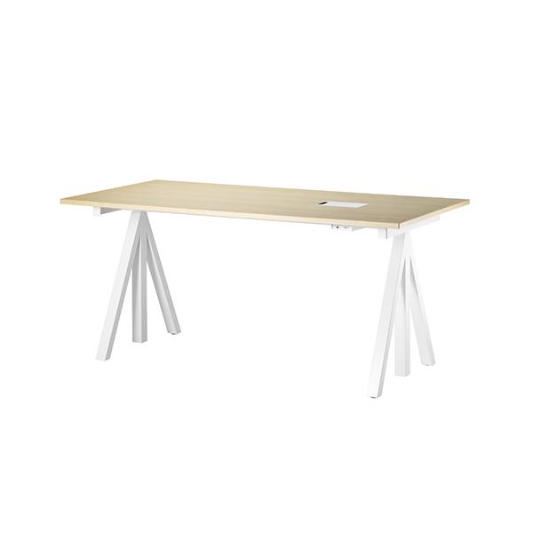 【 送料無料 】 string works 昇降式デスク 幅 140 cm アッシュ   ストリング ワークス オフィス デスク テーブル 会議テーブル 昇降テーブル 電動式 北欧 スウェーデン 北欧家具 木製 シンプル おしゃれ 高さ 調節可能 リビング ダイニング 天板