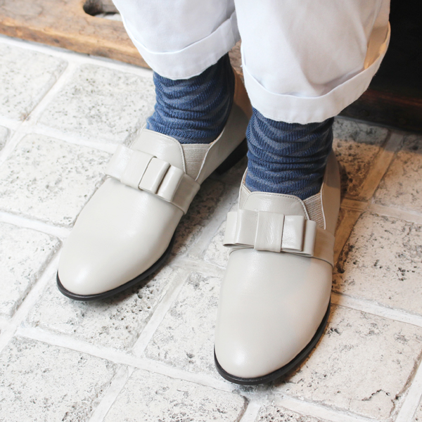 ground: Mannish shoes light gray