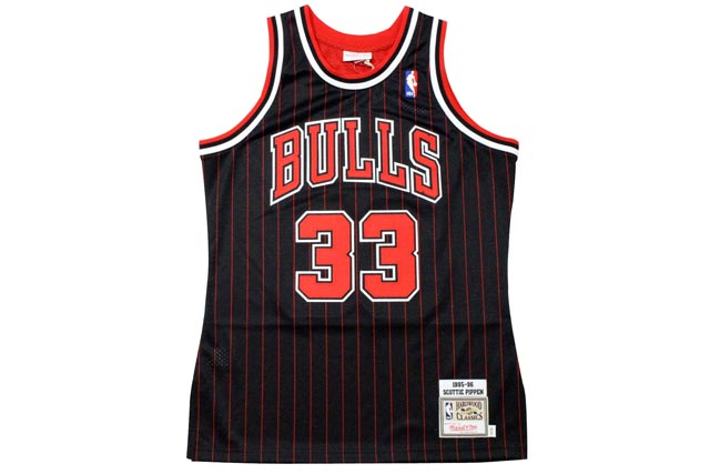 MITCHELL&NESS AUTHENTIC THROWBACK JERSEY (CHICAGO BULLS 1995-96/SCOTTIE PIPPEN: BLACK)ミッチェル&ネス/スローバックバスケットゲームジャージ/黒
