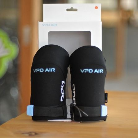 JOINT AIR ELBOW 肘プロテクタ- POC ポック 送料無料