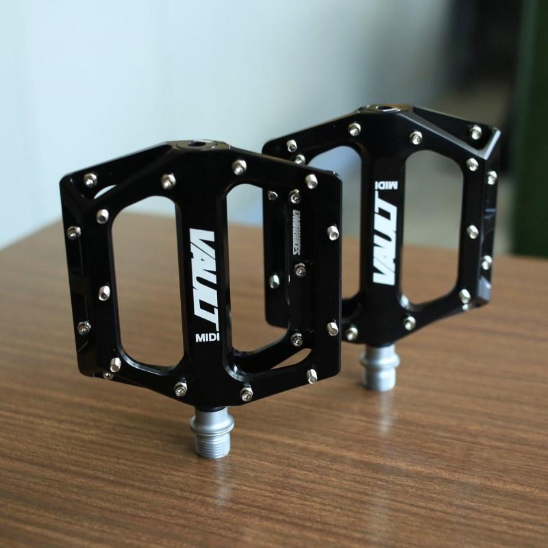 VAULT MIDI ペダル 自転車 自転車 ロードバイク ペダル クリート クリップ フラット 自転車パーツ