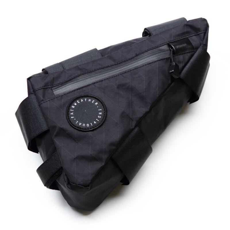フェアウェザー フレームのあらゆる場所に付けれるバイクバック エントリーでポイント10倍 Corner Bag 新作入荷!! ツーリング コーナーバッグ バイクパッキング 永遠の定番モデル X-PAC FAIRWEATHER