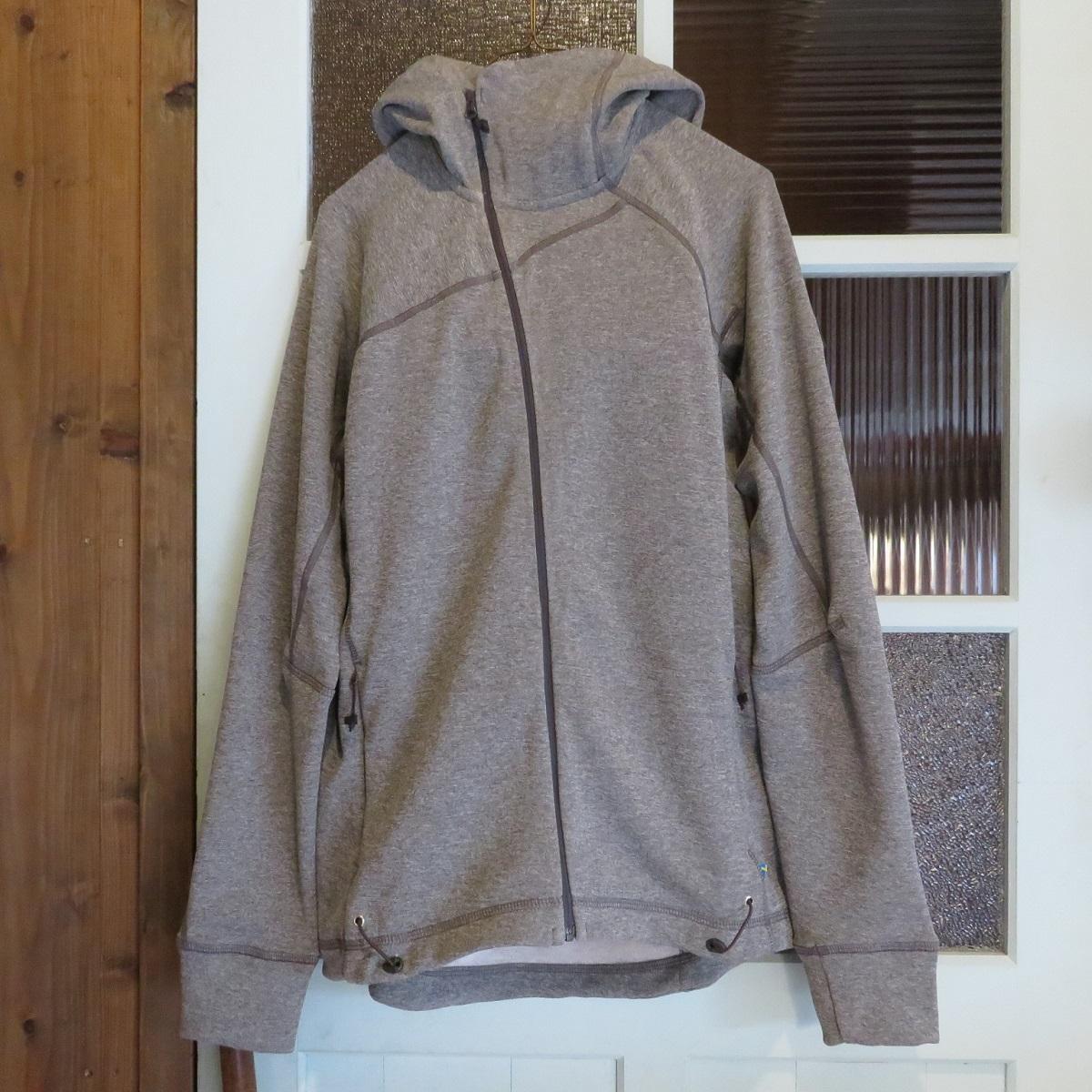 クレッタルムーセン(KLATTERMUSEN)Njorun Sweater W's RockGrey Mサイズ (ジップアップパーカ)(正規輸入品)(レディース)