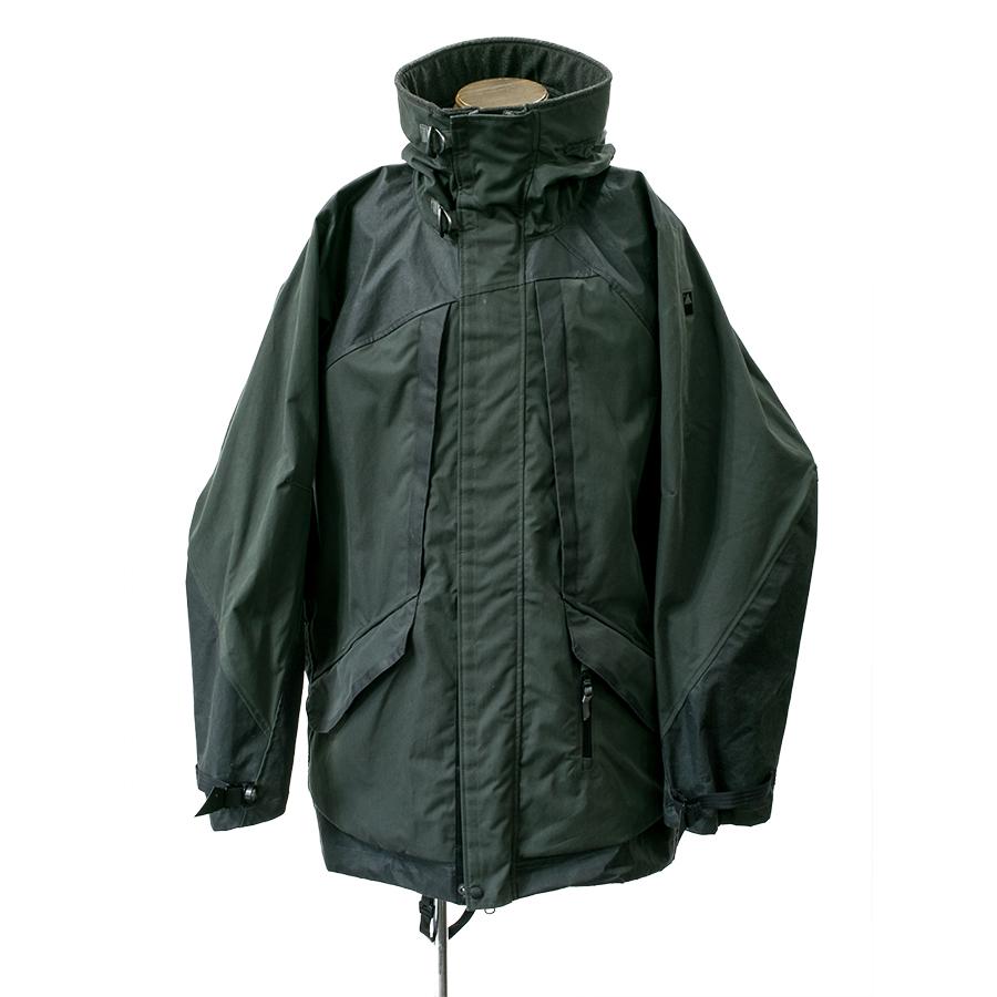 クレッタルムーセン(KLATTERMUSEN)Rimfaxe Jacket M's Charcoal Lサイズ (リムファクセ ジャケット) (マウンテンパーカー)(正規輸入品)(アウトドア)