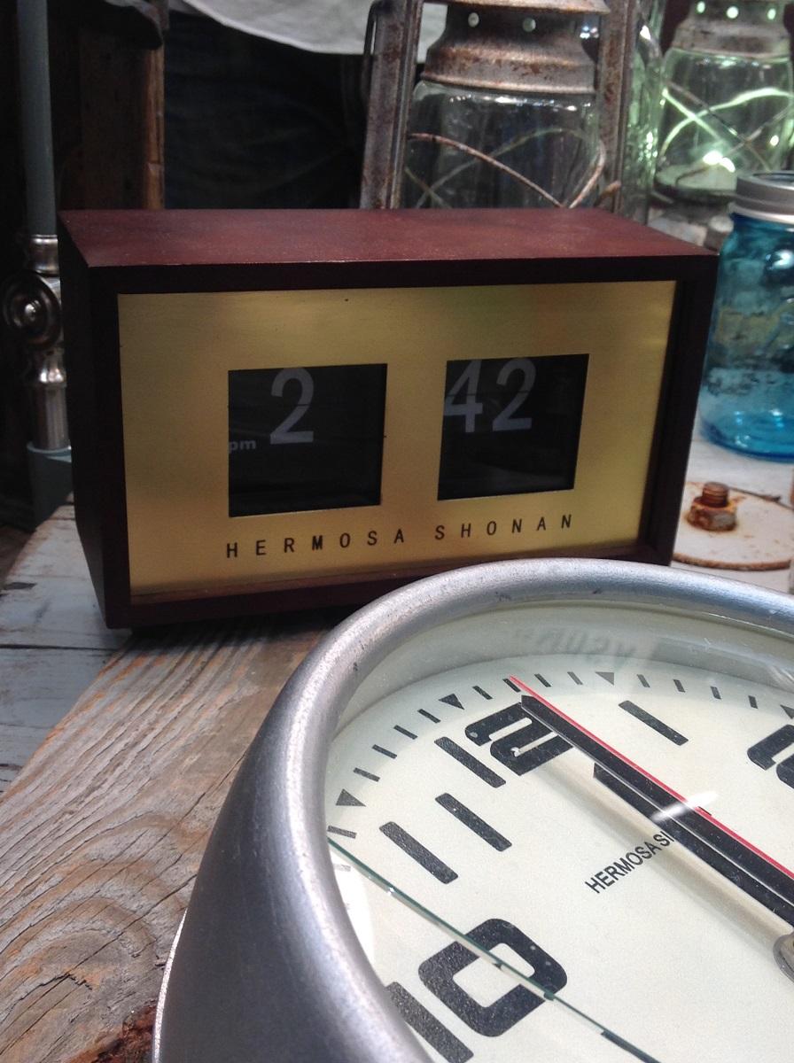 赫莫萨赫支点时钟核桃支点时钟沃尔玛