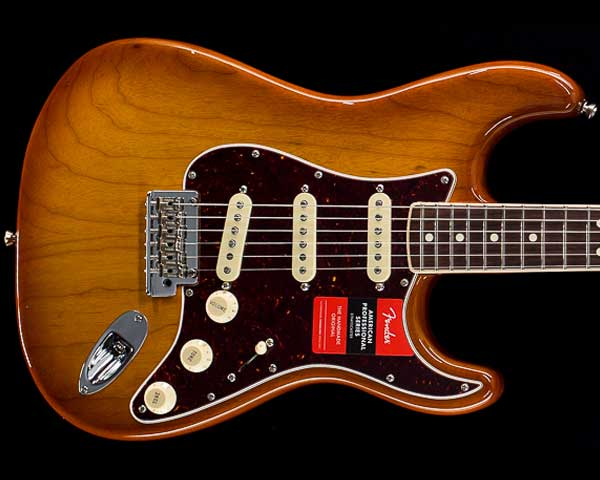 Fender USA(フェンダー)Limited Edition American Professional Stratocaster Channel-Bound Honey Burst
