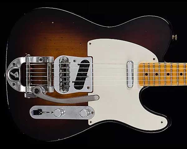 Fender Custom Shop 2017 Limited Edition Twisted Telecaster Journeyman Relic Wide-Fade 2-Color Sunburst