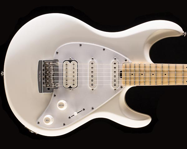 MUSICMAN(ミュージックマン)Silhouette Special Tremolo White(Maple Fingerboard)