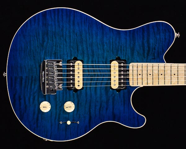 MUSICMAN(ミュージックマン)Axis Super Sport Matching Head Tremolo Balboa Blue Burst Quilt