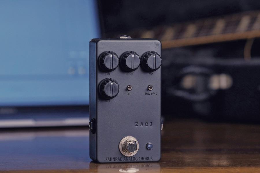 Zahnrad ZAC-1 新品 アナログコーラス Chorus ギフト プレゼント ご褒美 エフェクター Effector 安心の定価販売 ツァーンラート