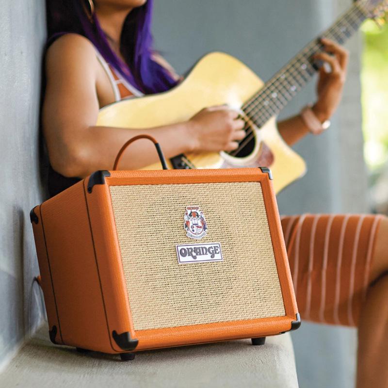 【正規品】【30W】Orange Crush Acoustic 30 《ファンタム電源も搭載!! / 電池駆動も可能!!》 新品 アコースティックギター用コンボアンプ[オレンジ][クラッシュアコースティック][Acoustic Guitar Combo Amplifier,ギターコンボアンプ,アコギ]