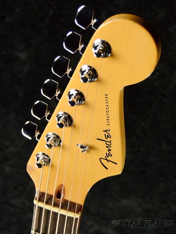 【】FenderUSAAmericanDeluxeStratocaster-3-ColorSunburst-2004年製[フェンダー][アメリカンデラックス,アメデラ][3カラーサンバースト][ストラトキャスター][ElectricGuitar,エレキギター]【used_エレキギター】