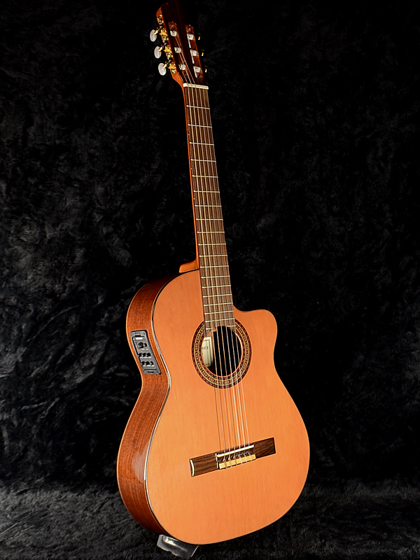 Antonio Sanchez EG-3 Cedar新货西班牙制造[安东尼奥桑切斯][羊齿草,杉][关税及贸易总协定吉他,eregatto][piezopikkuappu,电容器麦克风][Classical Guitar,古典的吉他]