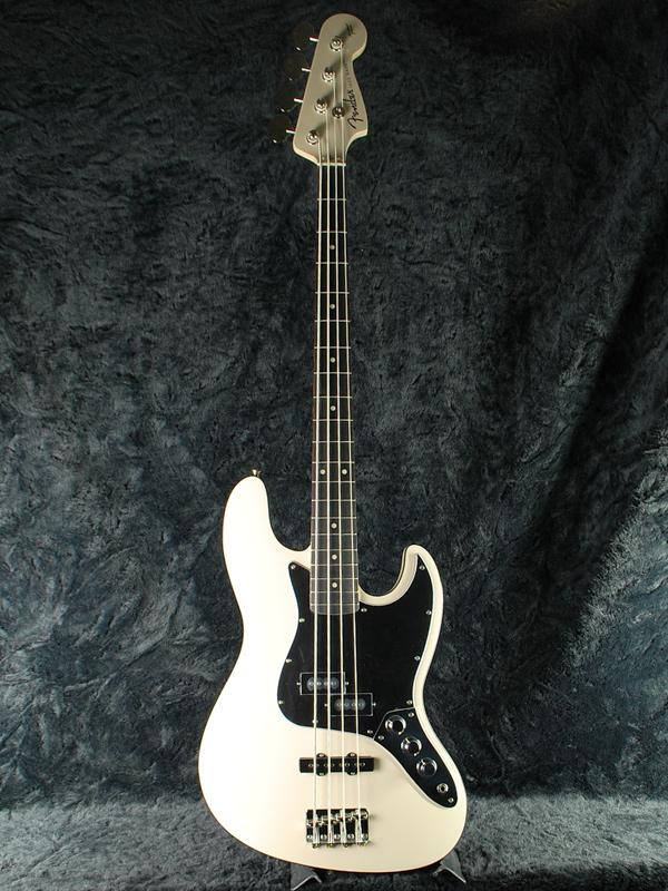 Fender Japan Exclusive Aerodyne Jazz Bass VWH Old AJB New Vintage White Fenders And Electric