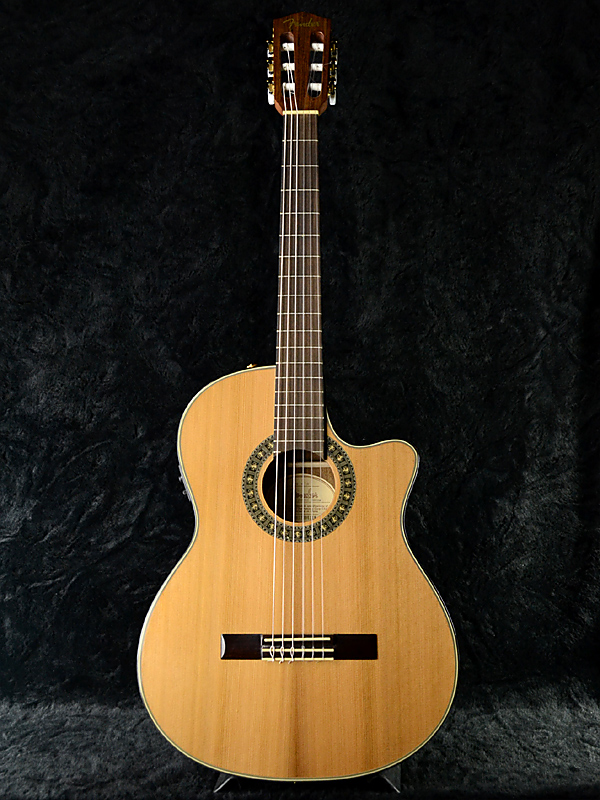 Fender CN-240SCE V2 Thinline 新品 エレガット[フェンダー][Natural][ナイロン][Classic Guitar,クラシックギター]