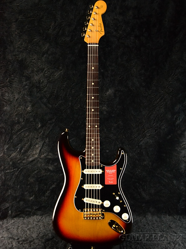 Fender Made In Japan Traditional 60s Stratocaster with Gold Hardware 3-Color Sunburst 新品 《レビューを書いて特典プレゼント!!》[フェンダージャパン][トラディショナル][3カラーサンバースト,3CS][ストラトキャスター][Electric Guitar,エレキギター]