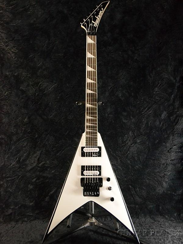 guitar planet jackson js32 king v white with black bevels new jackson king v white white. Black Bedroom Furniture Sets. Home Design Ideas